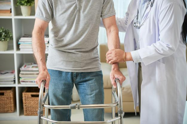 Rehabilitacja – dlaczego jest tak ważna po poważnym wypadku?